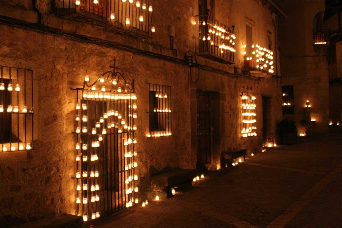 Las noches de las velas en pedraza villa pedraza casa rural en segovia - Oficina turismo segovia ...